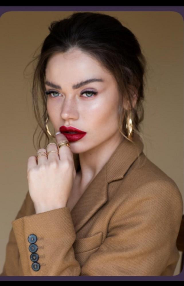 Violetta Odeya