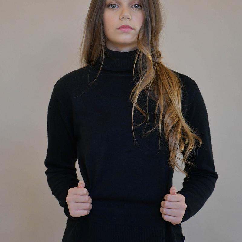 Lili Levi
