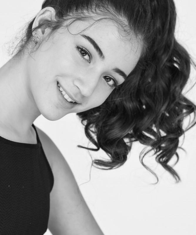 Youvale Oria Hakmon